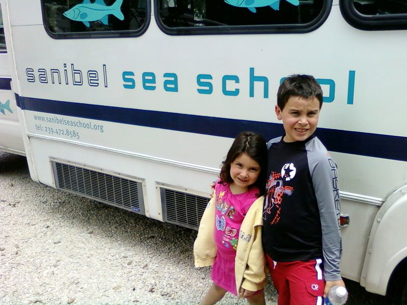 Seaschool bus